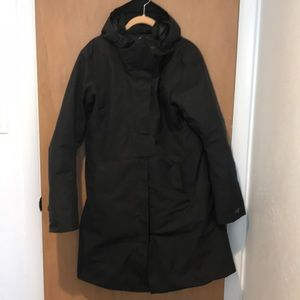 Arc'teryx black smooth surface puffy size L exc